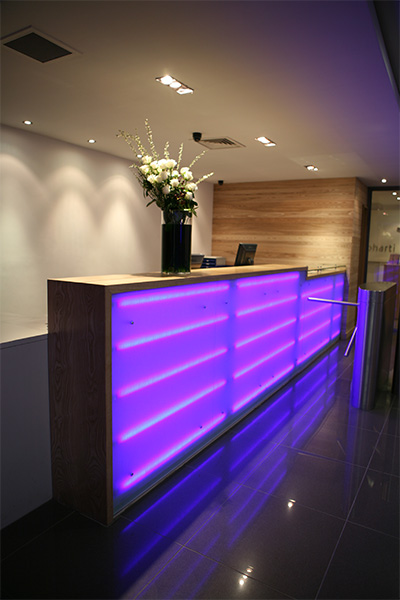 Gold's Gym Reception Design & fit Out