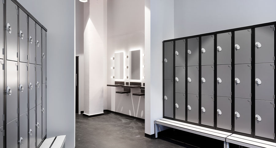 Hiit, Spinning & Boutique Studio Changing Room Interior Design & Architecture